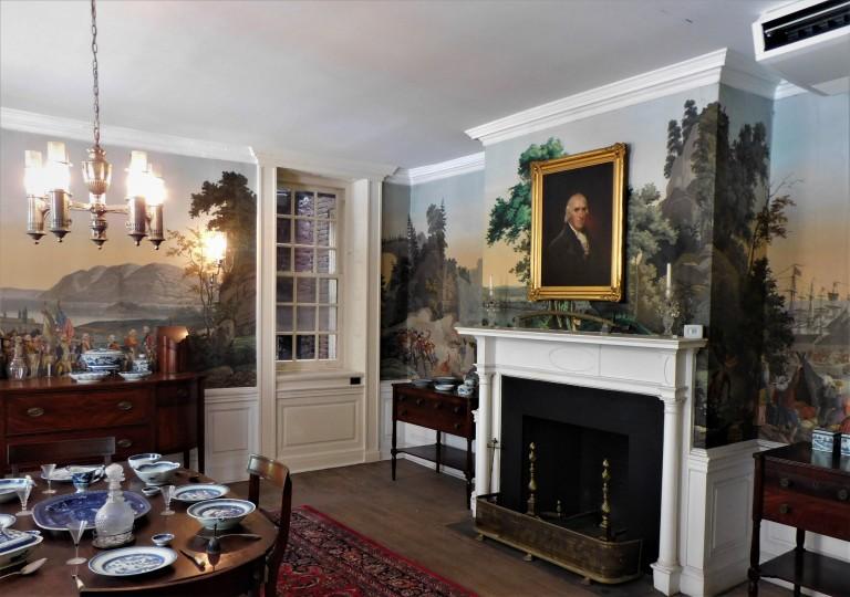 Fraunces Tavern 18th century restored dining room